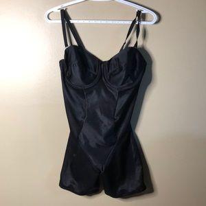 Miracle suit 38c shape suit